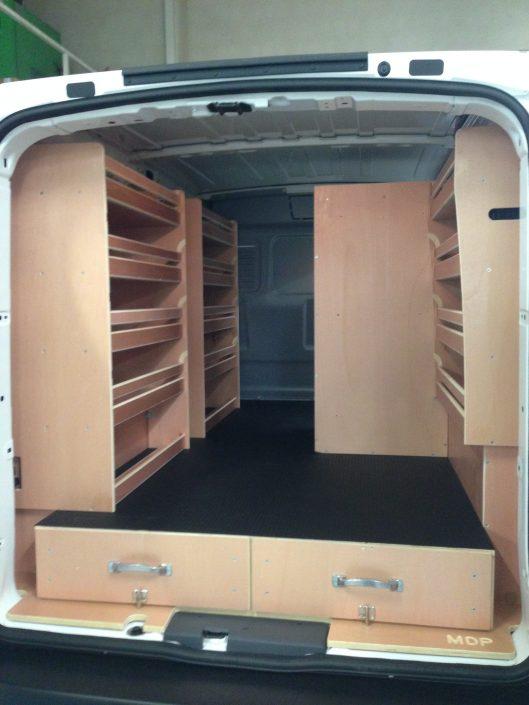 Aménagement bois, casier, tiroir et caisse